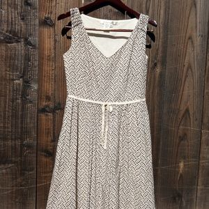 Studio M eyelet Brown & beige sleeveless dress